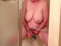 Older pale slut getting off in the shower